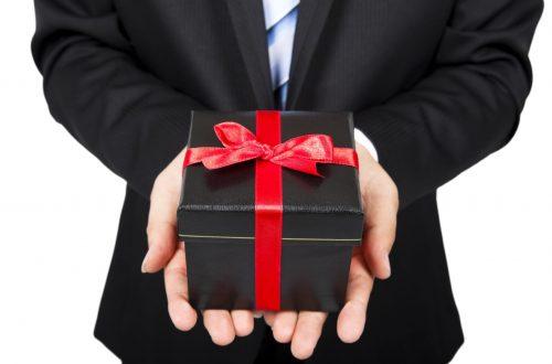 Céges ajándékozás illemszabályai