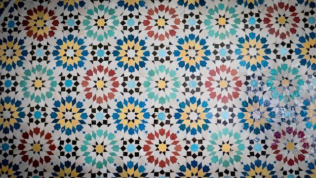 Mit sugall a marokkói mozaik?